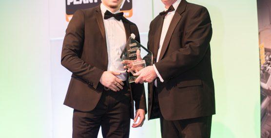 Nylacast Sales apprentice Tibor Mikula recieving the award032019